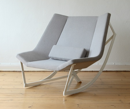 Flexible Rocking Chair With a Padded Seat – Sway by Markus Krauss