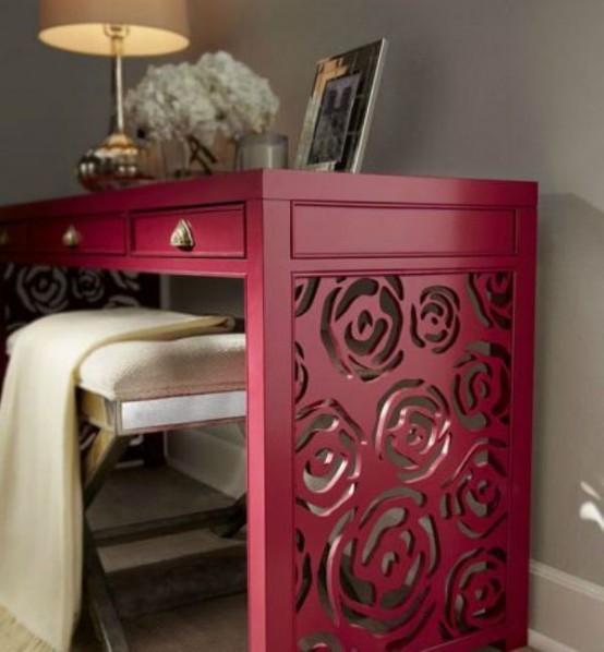 Romantic And Delicate Rose Console