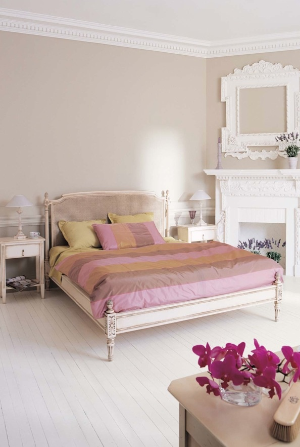 66 romantic and tender feminine bedroom design ideas for Modern feminine bedroom designs