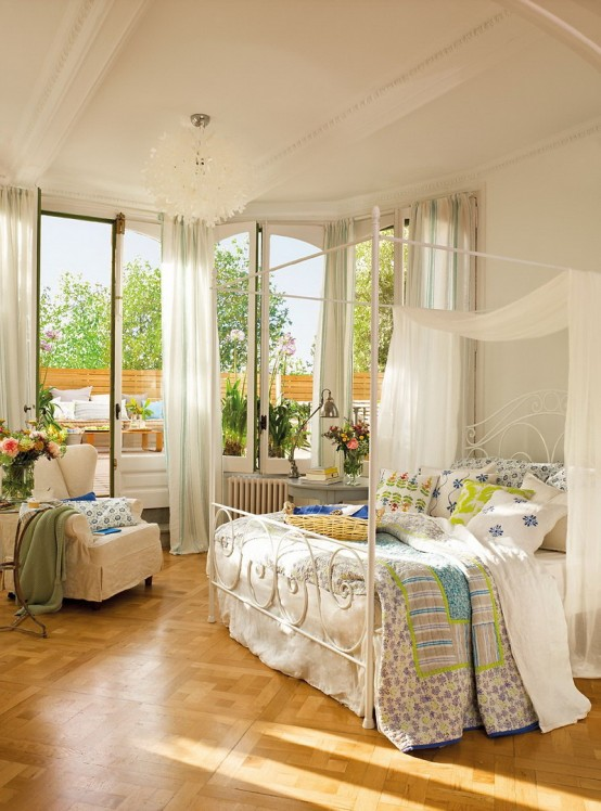 Romantic Room Designs: Romantic Bedroom Design With Semicircular Windows