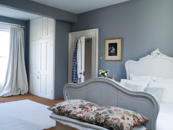 Romantic Bedroom With A Bed For A Princess