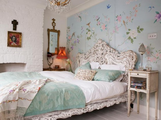 Romantic Bedroom With Birds Wallpaper