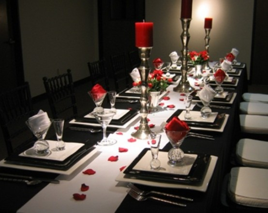 Romantic Valentine's Day Table Settings
