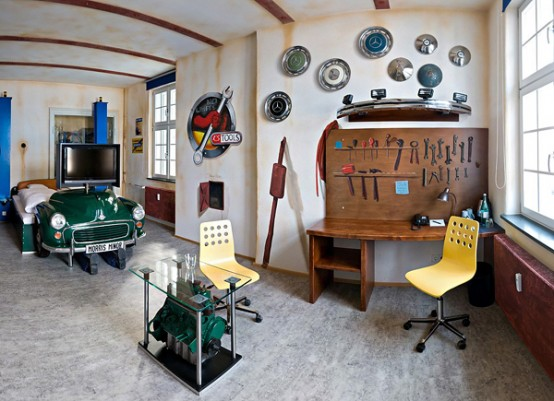 Room Design For Car Enthusiasts