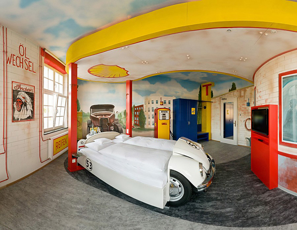 10 cool room designs for car enthusiasts digsdigs for Car bedroom ideas