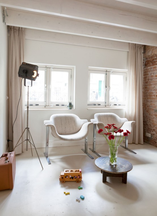 Rotterdam House Decorated In A Harmonious Mix Of Styles