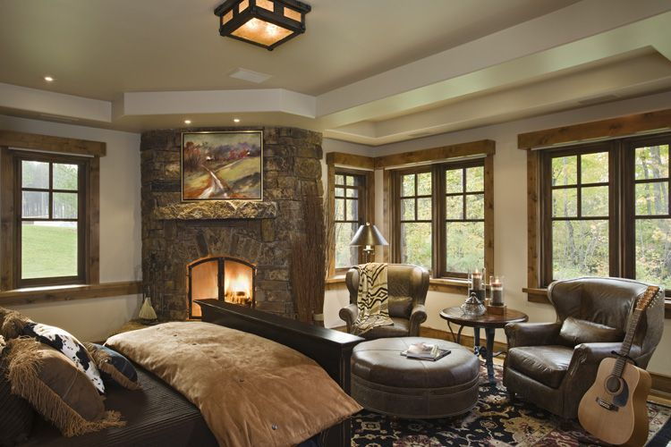 Rustic house design in western style ontario residence for Traditional home bedrooms