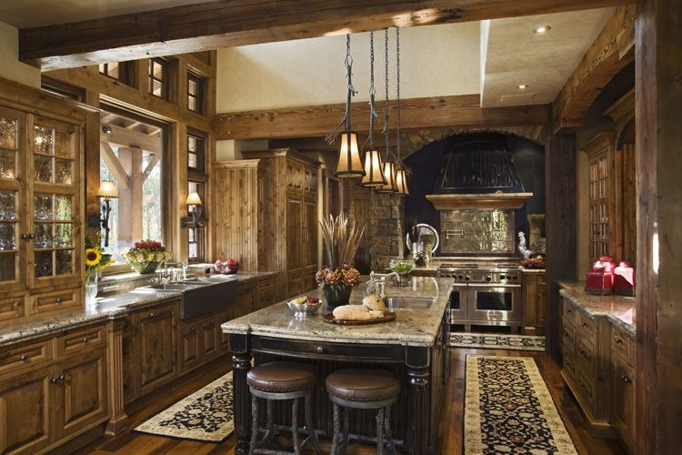 Rustic house design in western style ontario residence for Traditional home kitchen ideas