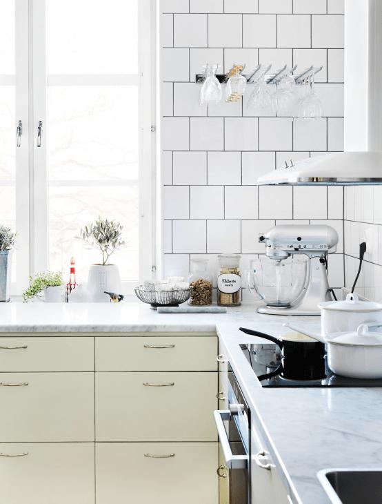 Scandinavian Kitchen Design With Retro Touches