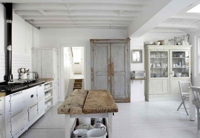 Scandinavian rustic kitchen designs digsdigs for Scandinavian design kitchen ideas