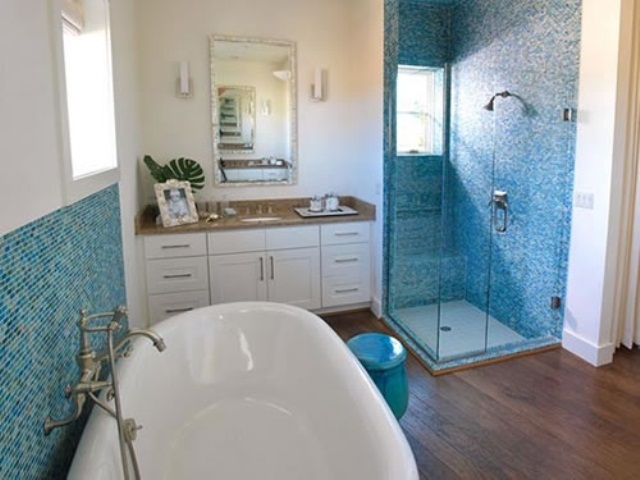 44 sea inspired bathroom d cor ideas digsdigs for Blue bathroom ideas