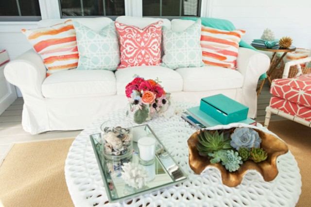 Sea-Inspired Summer Terrace Decor In Coral And Aqua