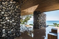 seaside-taiwaneese-home-with-loal-organic-elements-3