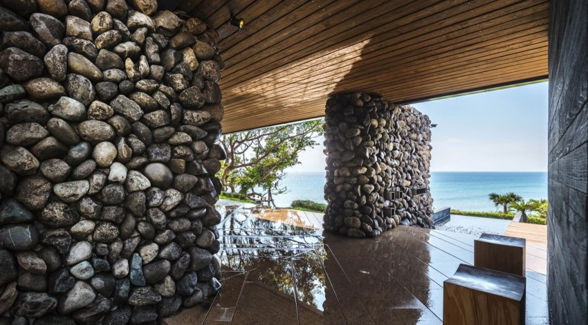 Picture Of seaside taiwaneese home with loal organic elements  3