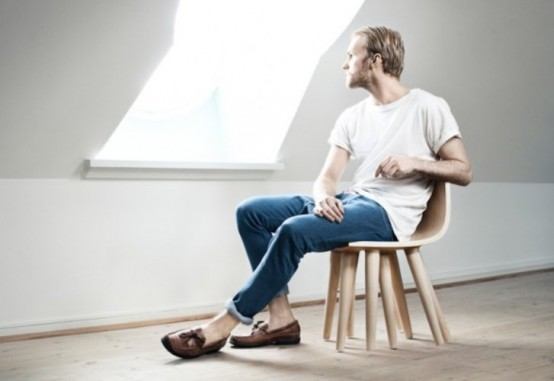 Cuttlefish Chair With Numerous Legs