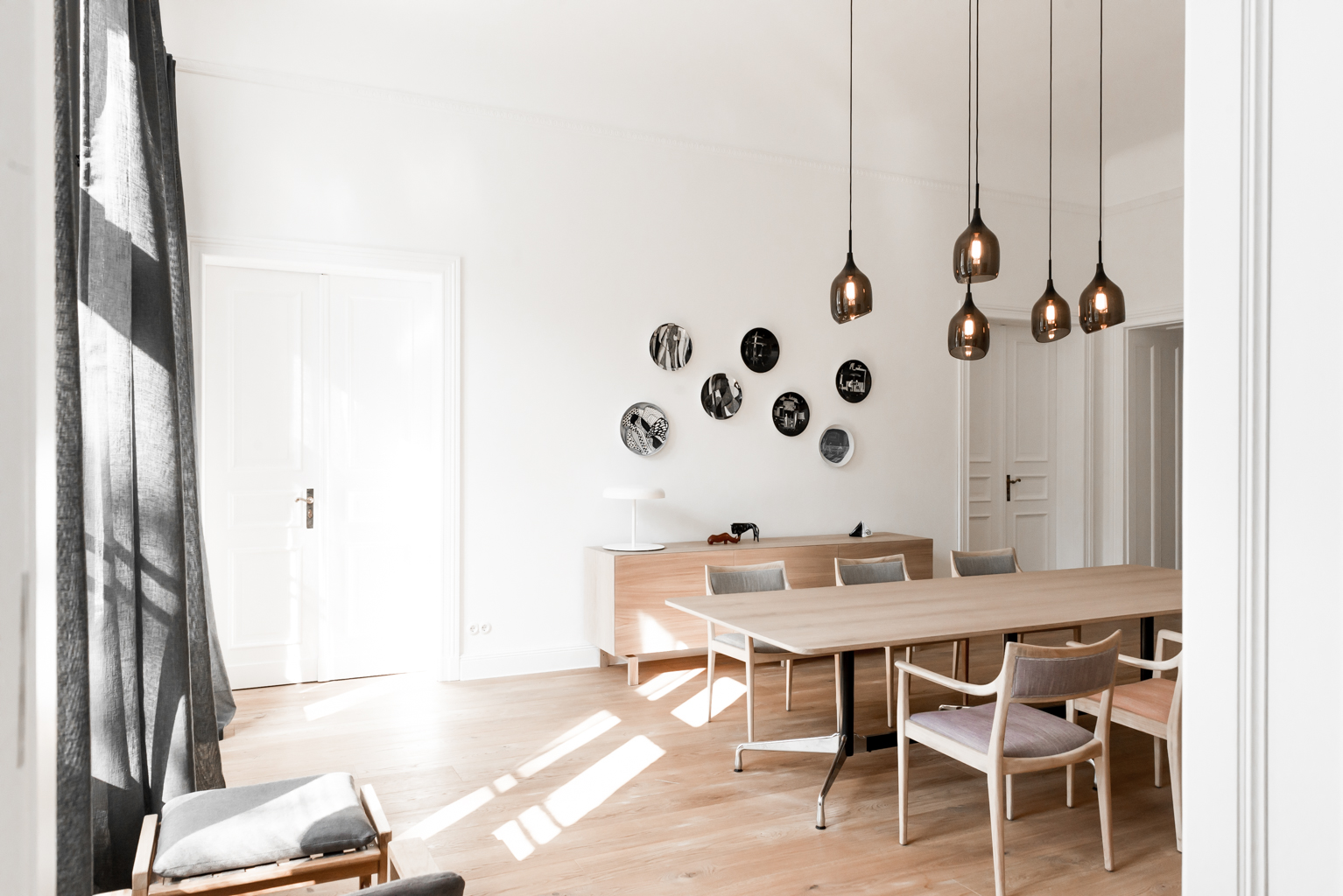 Serene Minimalist Apartment With Copper Accents