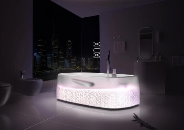 Sexy Transparent Xiuxi Bathtub With Glitz And Glam