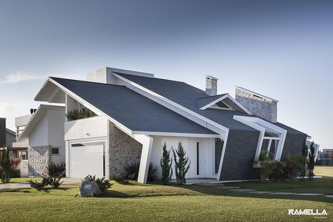 Shingle Residence With A Seaside Inspired Interior