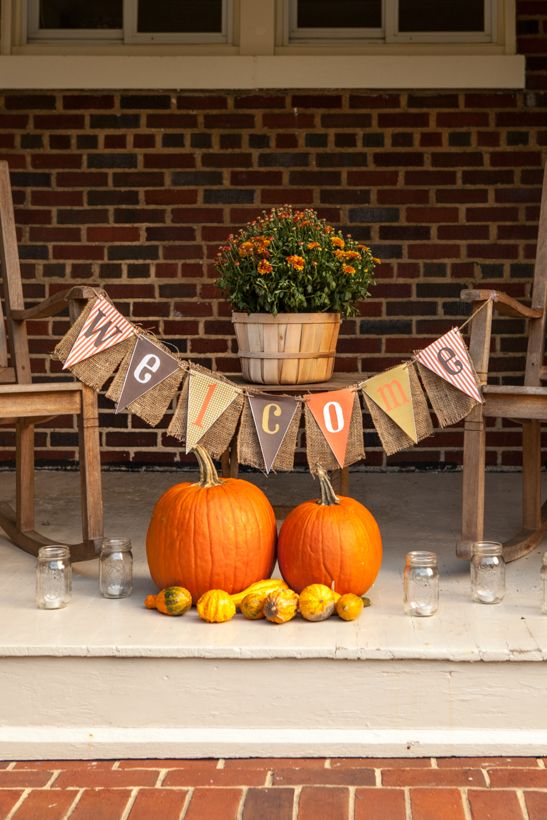 Simple And Cool Fall Banners Decor Ideas For Your Home