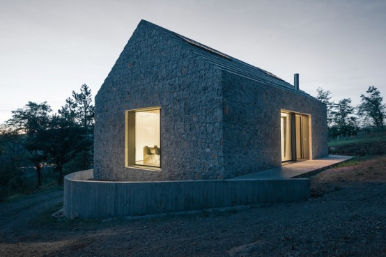 Simple And Stylish Minimalism: Compact Karst House