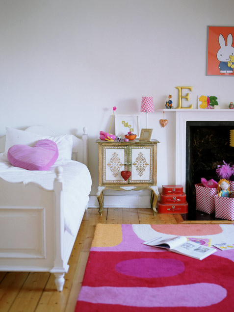 Simple Yet Playful Girl Room