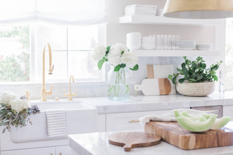 Picture Of simple yet refined white kitchen design  2