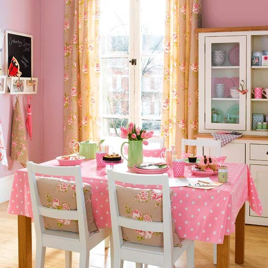 25 really romantic room design ideas digsdigs for Romantic kitchen designs