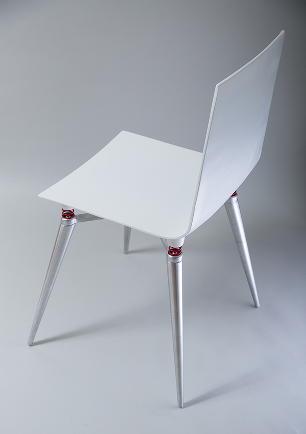 Skoki Chair That Makes You Feel Floating