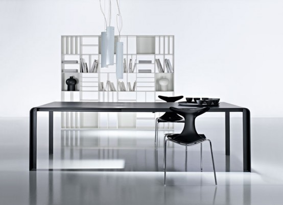 SLIM black table from Kreaty
