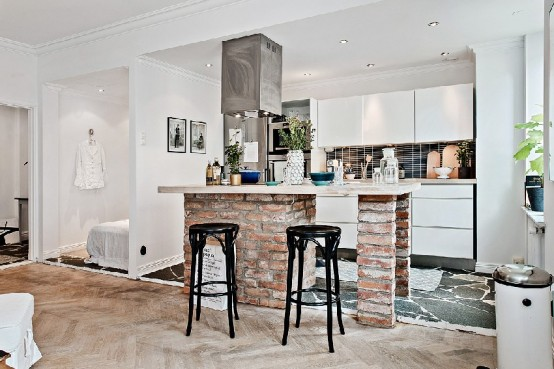 Small And Stylish Scandianvian Apartment Kept Spacious