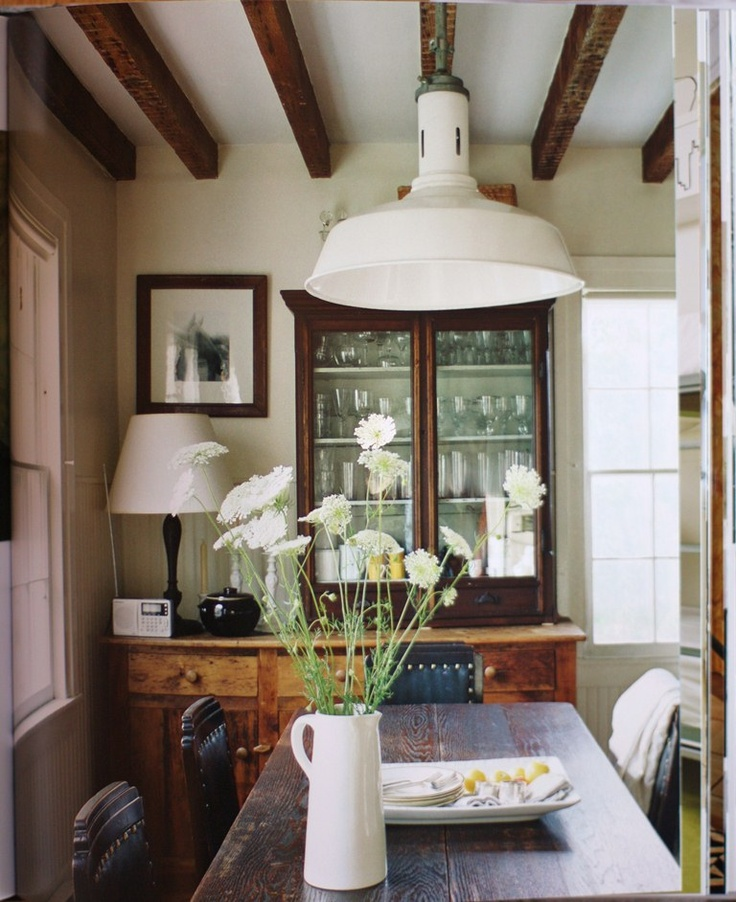 30 small dining rooms and zones decorated with style On images of small dining rooms