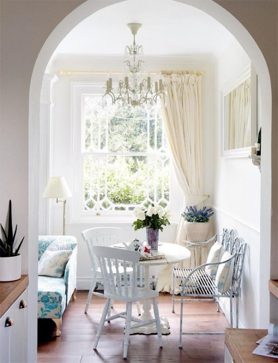 Small Dining Rooms Decorated With Style
