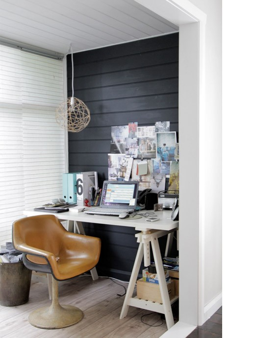 57 cool small home office ideas digsdigs for Small home office furniture ideas