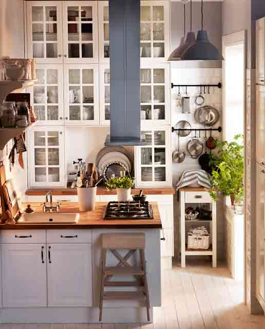 Modern interior storage for small kitchens for Kitchen design for small space