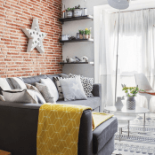 small-modern-apartment-with-space-saving-decor-1