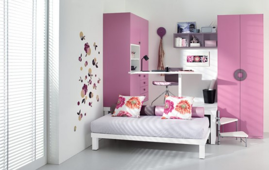 small pink teenage loft bedroom. 10 Smart Solution for Small Rooms. Clever small room ideas, small room layout. Room with bed, office and wardrobe