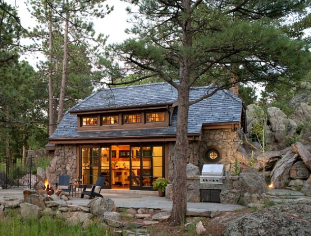 Small stone cottage reminding of the hobbit digsdigs for Colorado mountain home plans
