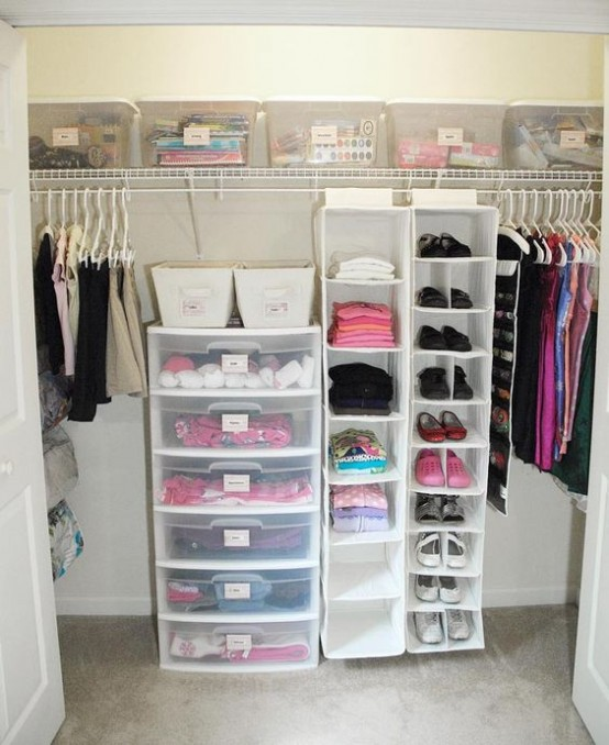 With a small closet, you have even less space to work with, so it's all the more important to weed out what you don't wear. Using the Wrong Hangers Using hangers in a variety of shapes, sizes and styles can ruin the most well-intentioned organizing plans.