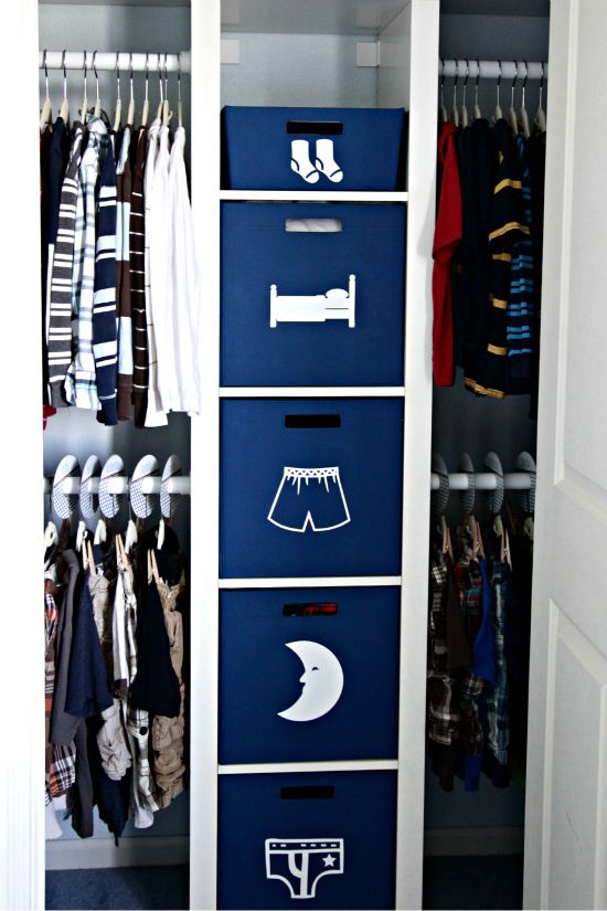 37 smart and fun ways to organize your kids clothes for Ideas para organizar armarios