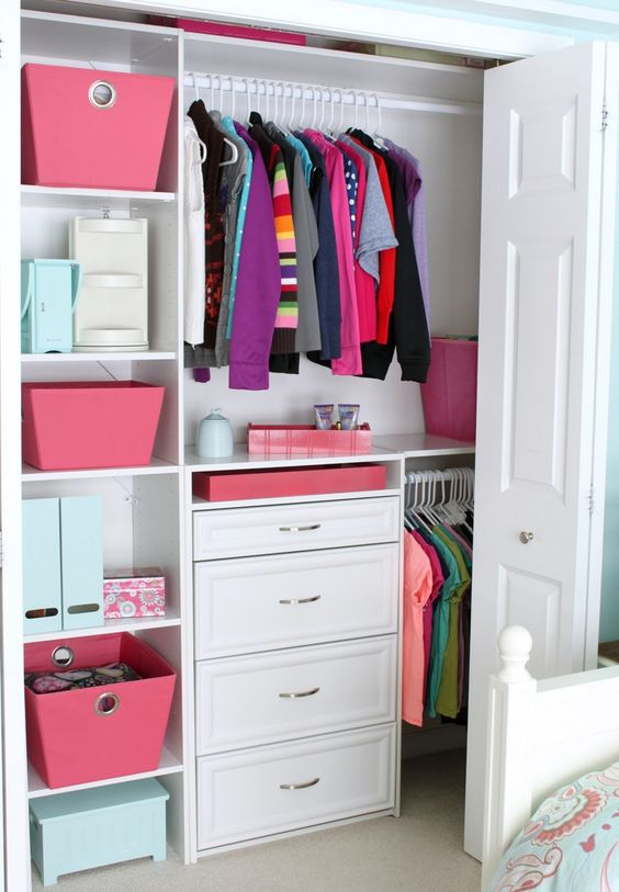 Picture Of smart and fun kids clothes organizing ideas  32