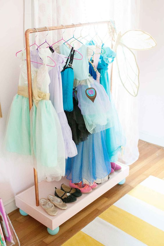 Picture Of smart and fun kids clothes organizing ideas  33