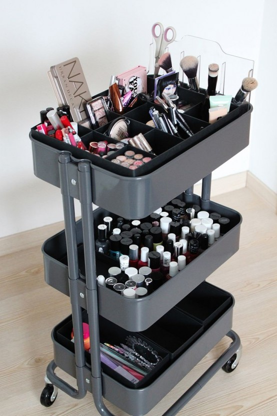 60 smart ways to use ikea raskog cart for home storage for Meuble coiffeuse maquilleuse ikea