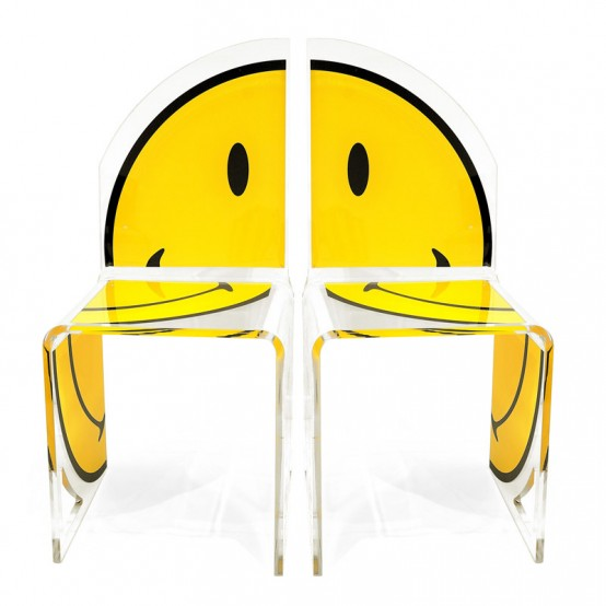 Smiling Chairs