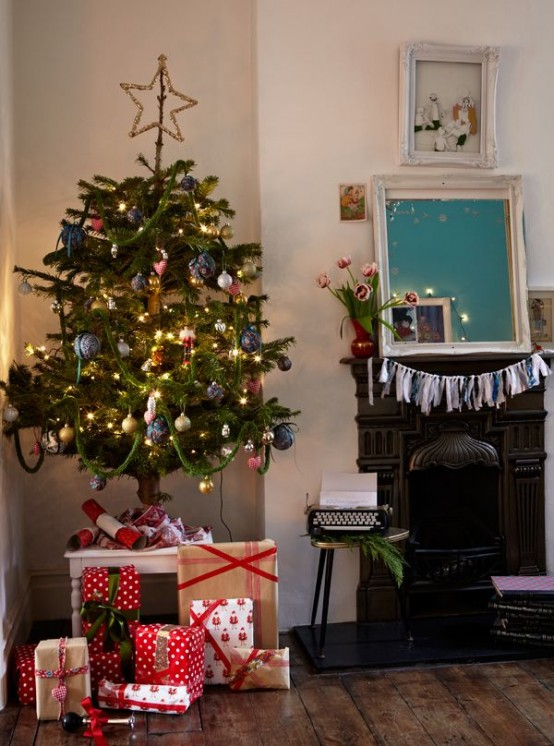 Best Ways To Decorate A Christmas Tree
