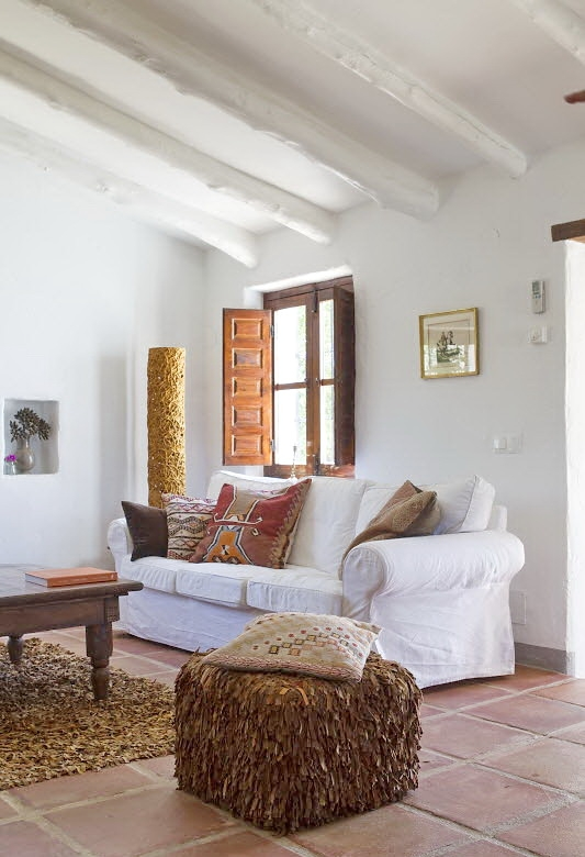 Spanish Country House In Rustic Style