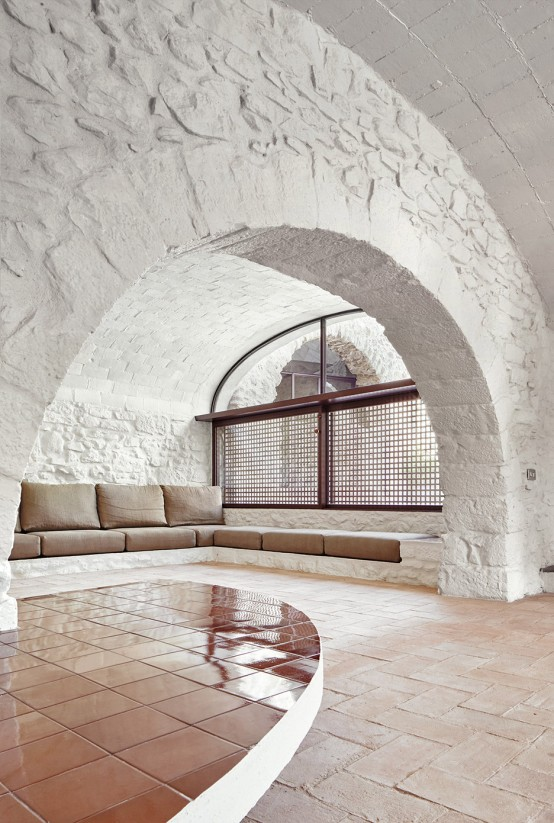 Spanish Stone Farmhouse With A Labyrinth Character