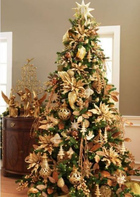 sparkling gold christmas decor ideas 23
