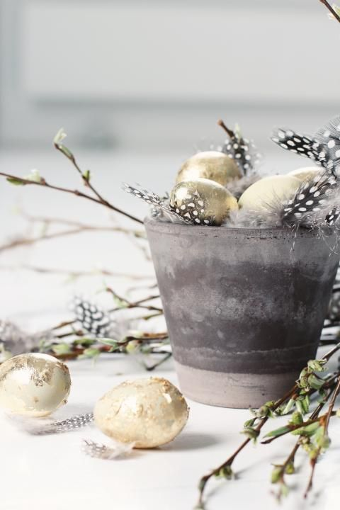 27 Sparkling Gold And Copper Easter Décor Ideas