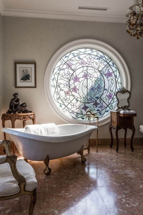 25 stained glass ideas for indoor and outdoor home decor for Home decorations unique