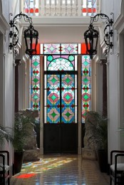 Stained Glass Decor Ideas For Indoor And Outdoor Home Decor